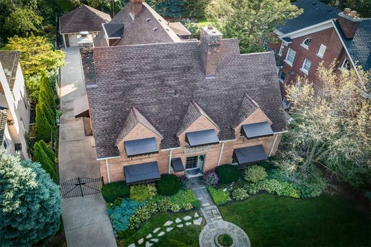 This historic Indian Village (Detroit) estate, once owned by Dr. Lee Simpson (Stratton & Hyde Architects) is listed for $439,999. The 4,224 square-foot house features a large foyer, five fireplaces, eight bedrooms, six baths. It also has a private backyard, a garage, two patios, a porch and gated drive.