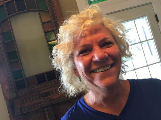 Nebraska native Jayne Weddle Moser is opening Whittier's Sports Lounge in Cottage Hill.
