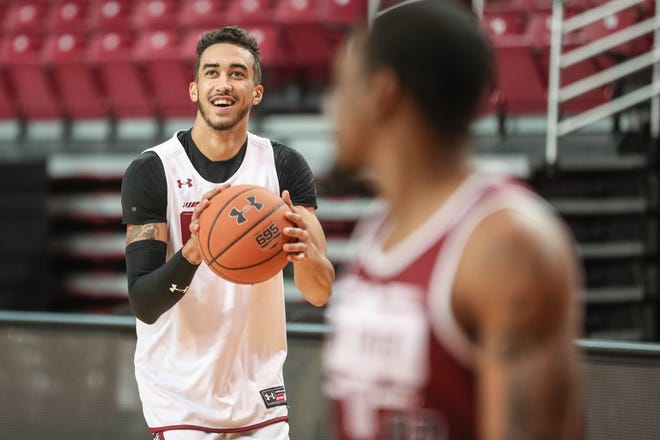 Trevelin Queen practices at NMSU men's basketball first practice of the season at the Pan American Center in Las Cruces on Thursday, Sept. 26, 2019.