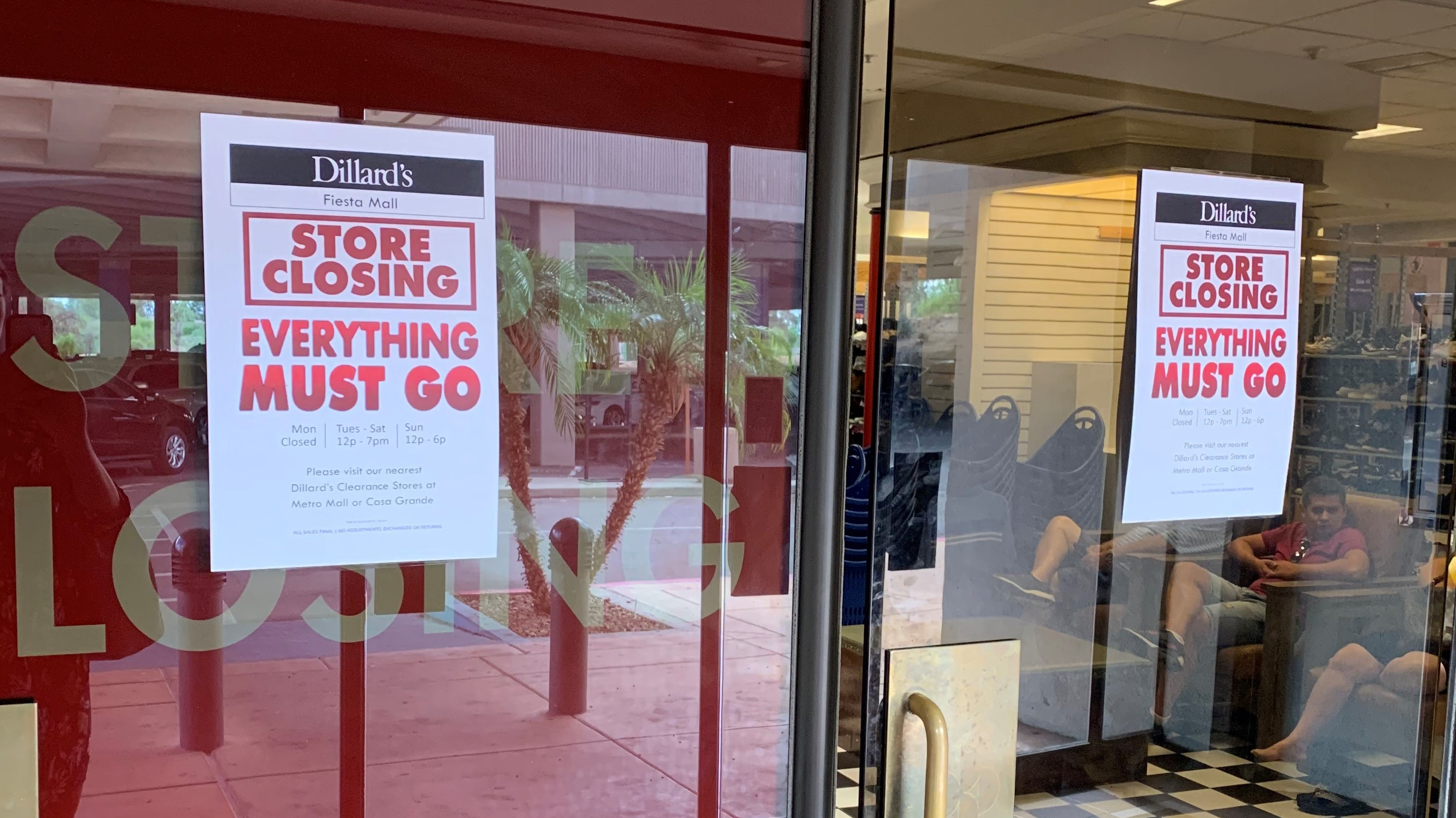 Dillard S Clearance Center Mesa Fiesta Mall S Last Holdout To Close