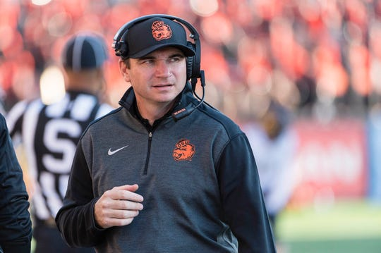 Oct 20, 2018; Corvallis, OR, USA; Oregon State Beavers head coach Jonathan Smith watches from the sidelines during the second half against the California Golden Bears at Reser Stadium. The California Golden Bears beat the Oregon State Beavers 49-7. Mandatory Credit: Troy Wayrynen-USA TODAY Sports
