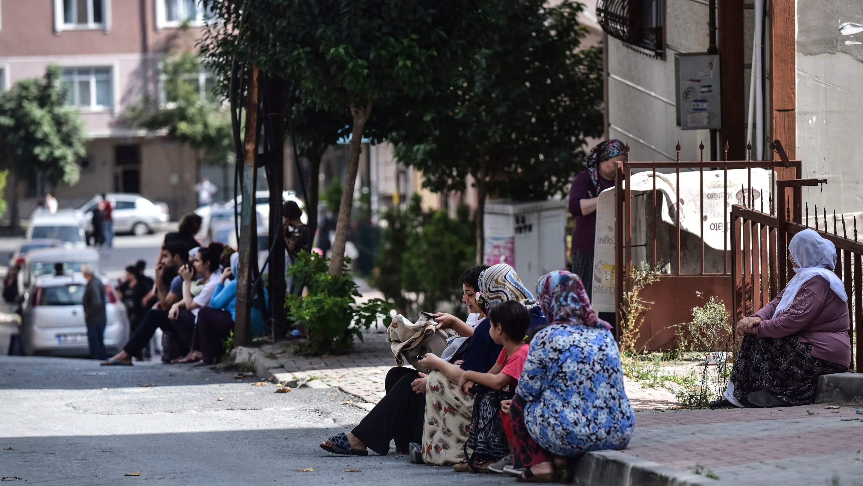 Istanbul earthquake: Magnitude 5.8 shakes Turkey, damages ...
