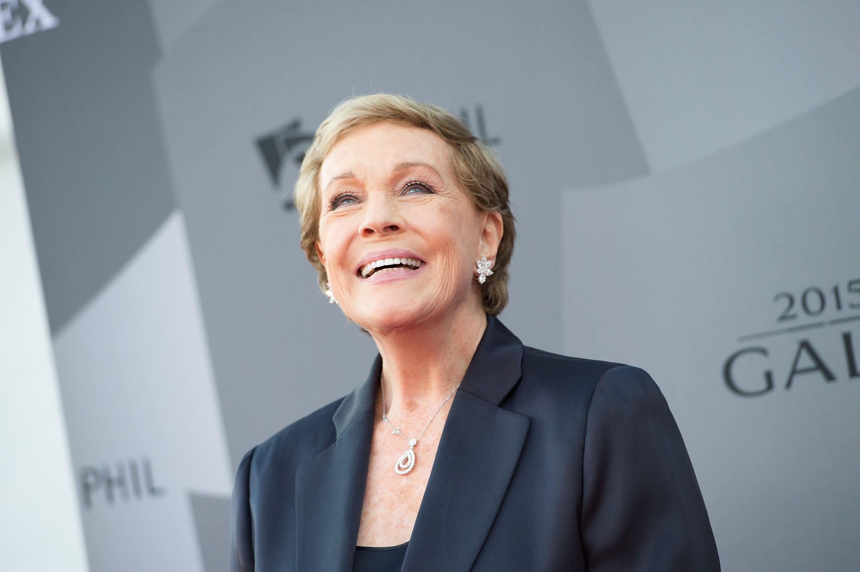 Julie Andrews says therapy saved her life in a way: Theres no harm in sharing