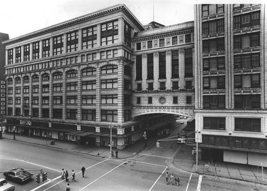 Crowley's flagship store in downtown Detroit in 1977.
