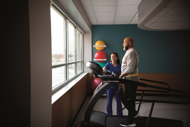 The confidence that comes from rehabilitation can be just as important as the strength that is built during balance sessions. (Photo: McLaren Greater Lansing)