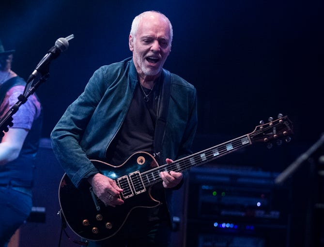 Peter Frampton jams during his Finale - The Farewell Tour at Comerica Theatre in Phoenix on Sept. 26, 2019.