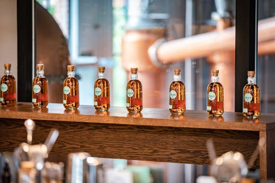 Roe & Co. hosts Flavour Workshops, which aim to encourage guests to discover whiskey flavors and their ideal taste profile when it comes to whiskey cocktails.