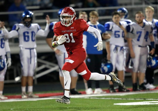 Hortonville's Jayqon Owens (81) runs back a kickoff for a touchdown to start the second half against Oshkosh West on Sept. 27.
