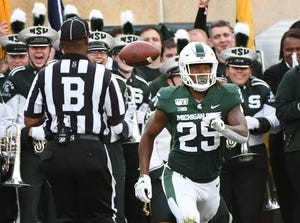 Michigan State's Darrell Stewart (25) leads the Big Ten in receptions (35) and receiving yards (556).