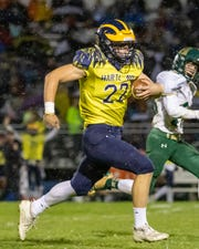 Hartland's Charlie Anderson had a 65-yard touchdown run against Howell on Friday, Sept. 27, 2019.