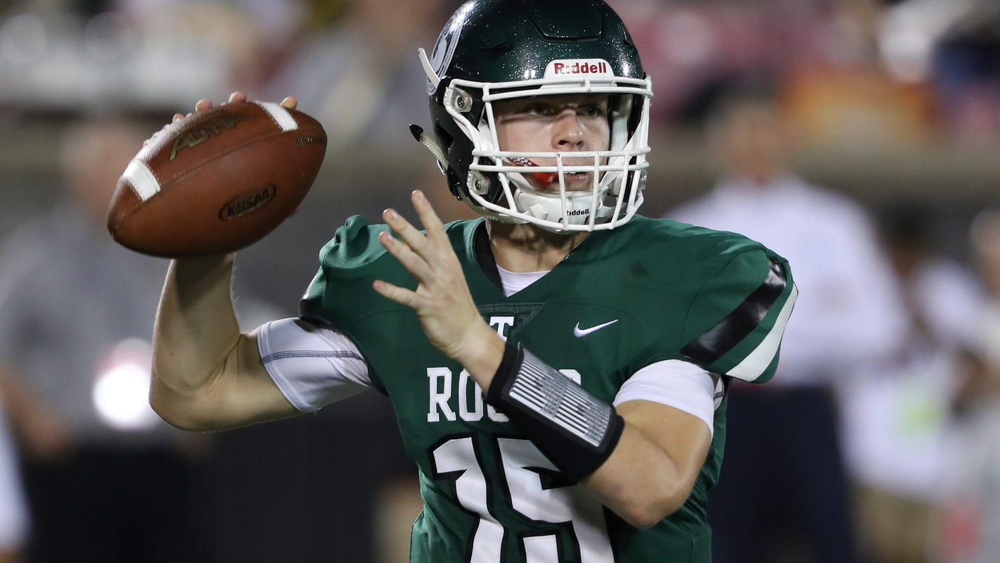 Trinity football falls on the road at Indianapolis Cathedral