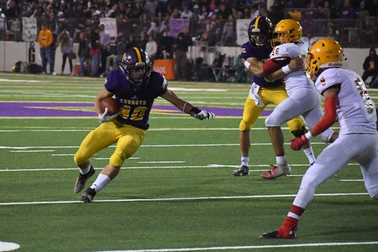 Salinas running back Jeff Shaffer (40) contributions in the ground game may give the Cowboys another edge Saturday on the road.