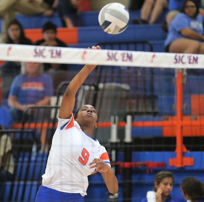 San Angelo Central High School's Kameryn Daniels makes a shot during a volleyball match against Weatherford at Babe Didrikson Gym Friday, Sept. 27, 2019.