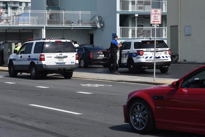 OCPD keep a watchfull eye on unofficial H2Oi drivers in Ocean City on Saturday, Sept. 28, 2019.