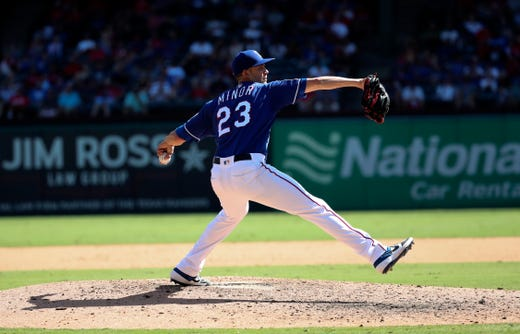 Rangers: LHP Mike Minor