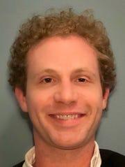 "Andrew Wade plays Art Garfunkel in ""The Simon and Garfunkel Story."""