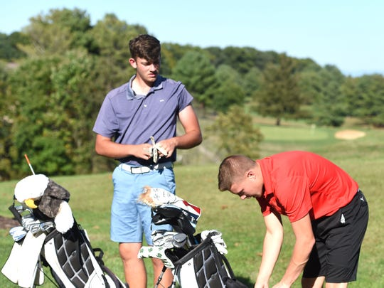 Patrick Smith, left, and Grayson Wright helped lead Wilson Memorial into the Class 3 state golf tournament.