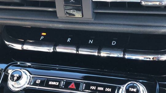 2020 Lincoln Corsair transmission controls
