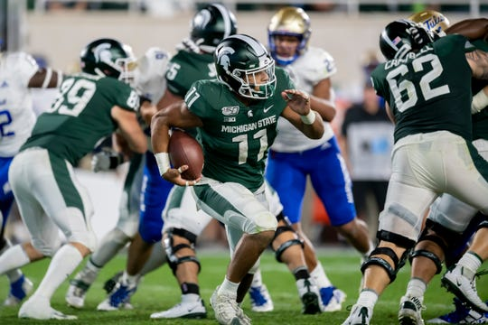Michigan State running back Connor Heyward has entered the NCAA transfer portal.