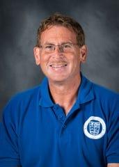 New Memorial girls' basketball coach Lee Auker