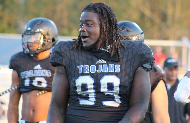 North Hardin defensive lineman Octavious Oxendine