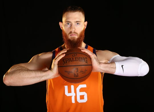Phoenix Suns center Aron Baynes during Media Day on Sep. 30, 2019 in Phoenix, Ariz.