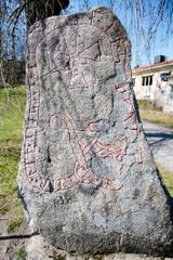 Sigtuna, Sweden's oldest town, is also dotted with a dozen rune stones. These memorial stones are carved with messages in an Iron Age language. Most have a cross, indicating that they are from the early Christian era (11th century).