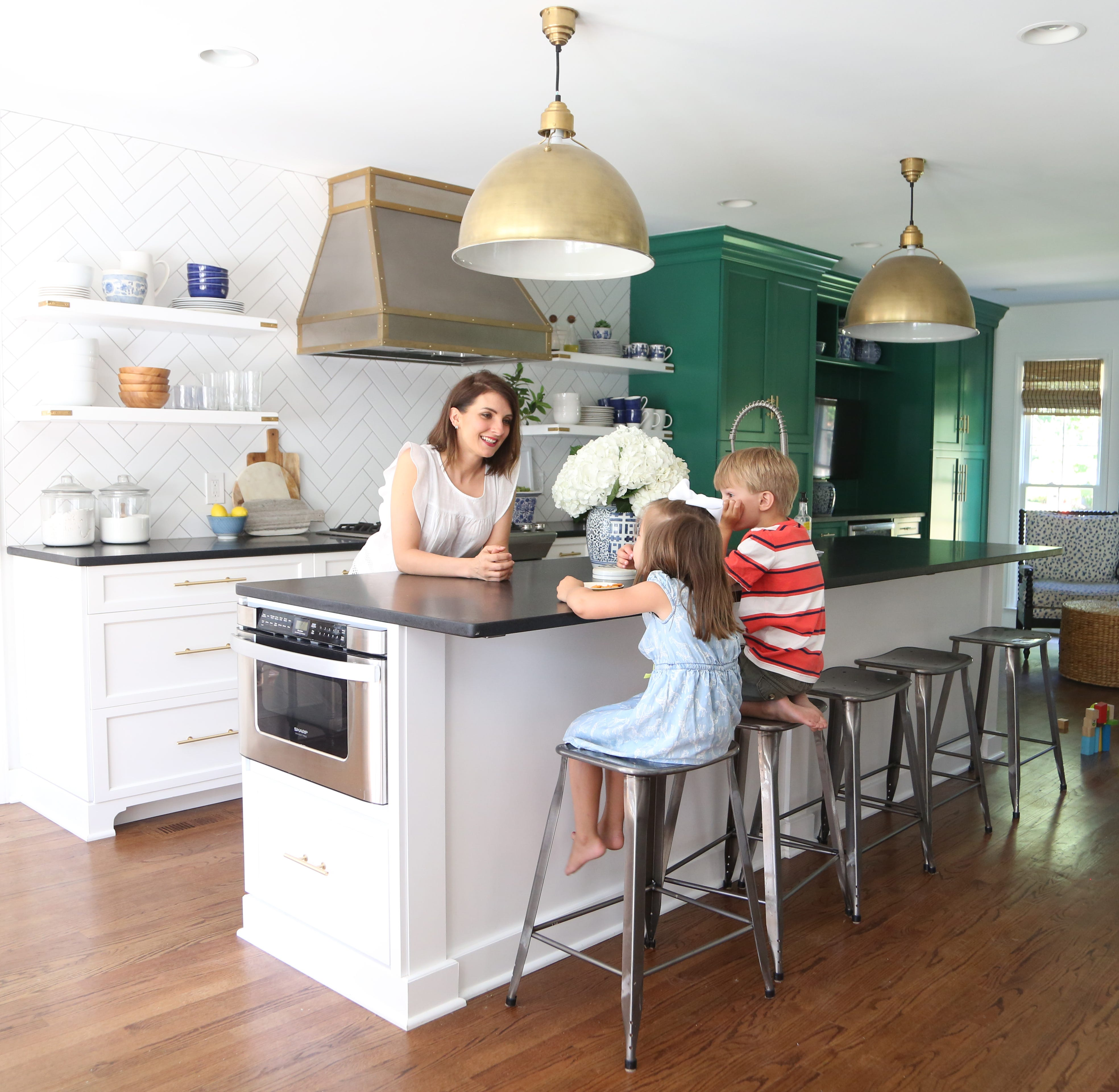 Home decorating: Create a stylish home on a budget with kids