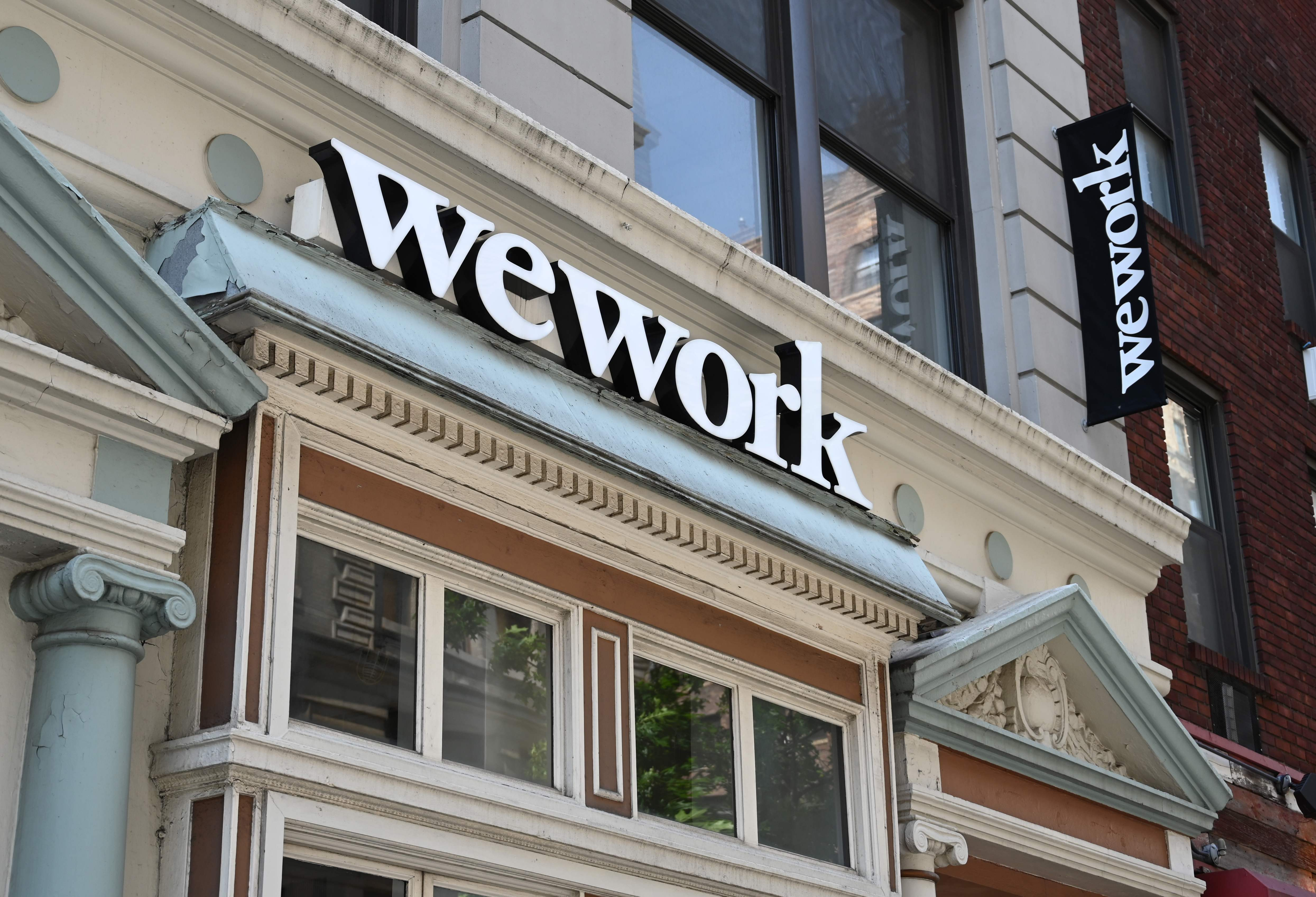 Would you go to the office for $100-a-day bonus? That s WeWork s offer to some employees during coronavirus pandemic.