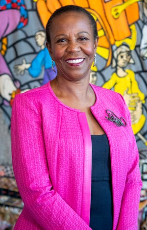 Phyllis McCallum, Enquirer Women of the Year