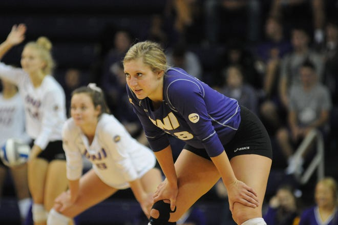 Northern Iowa libero Abbi Staack, a senior from Janesville, was named the Missouri Valley Conference's defensive player of the week.