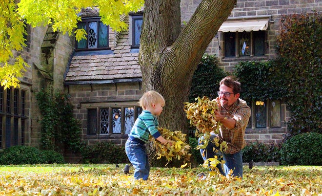 Harvest Day at Ford House features cider and donuts from Blake's Cider Mill, activities like lawn games, a giant leaf pile and plenty of photo ops.