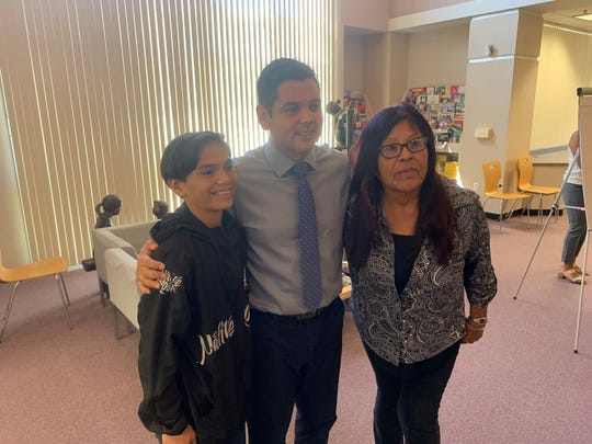 Landon Torres, 15, and his mother Theresa Torres, met with Rep. Raul Ruiz (D-Palm Desert) to discuss health impacts from smoke from a nearby waste management facility on October 1, 2019.