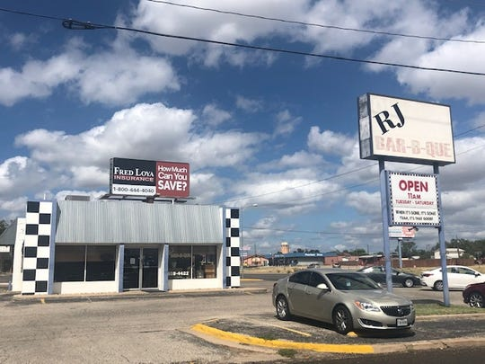 RJ Bar-B-Que is located at 1405 N Bryant Blvd in San Angelo.