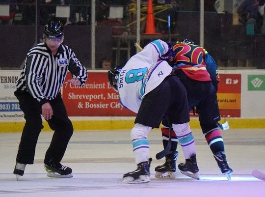 Shreveport Mudbugs forward Jacob Smith (8) faces a three-game suspension following a late-game fight at Amarillo on Saturday.