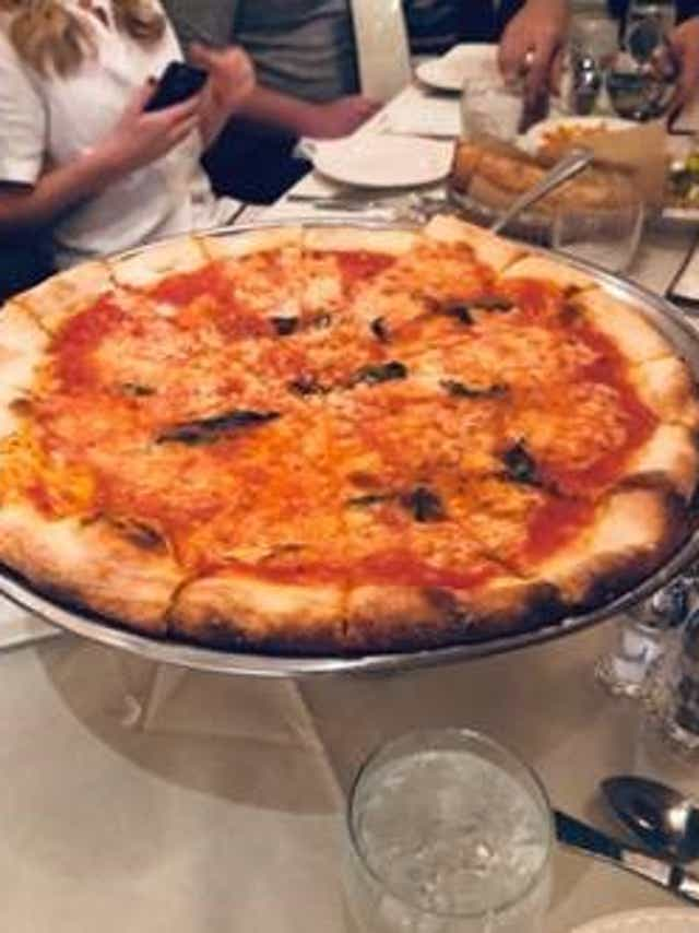 Arthur Avenue S Pizza Fest Takes Place Oct 5 6 Sample 30 Pies