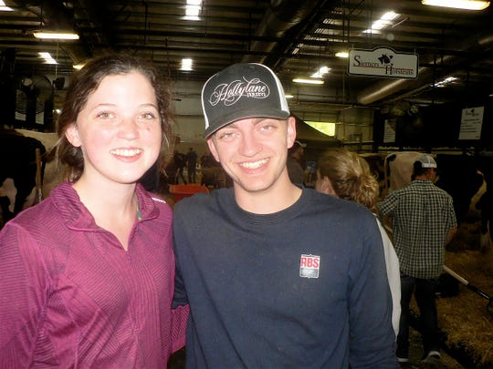 Lauren and Jake Siemers are part of the extended Siemers Holstein family that milk 3000 cows with a 37,000 herd average at Newton, WI. Lauren is the current Wisconsin Holstein Dairy Princess. Jake works at ABS after attending UW - Madison Farm Short Course.