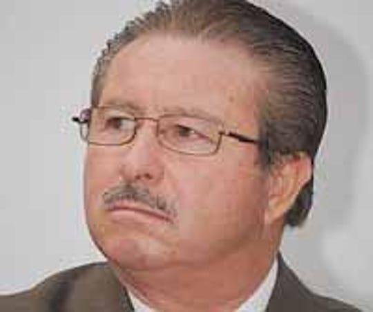 Westlake Legal Group 568d0642-4b14-405e-a7eb-60f35fa4523f-Carlos_Murguia Kansas federal judge rebuked for sexual harassment and illicit affair with felon