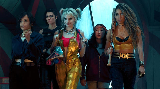 Birds Of Prey Margot Robbie Wanted A Real Hyena For Harley S Pet