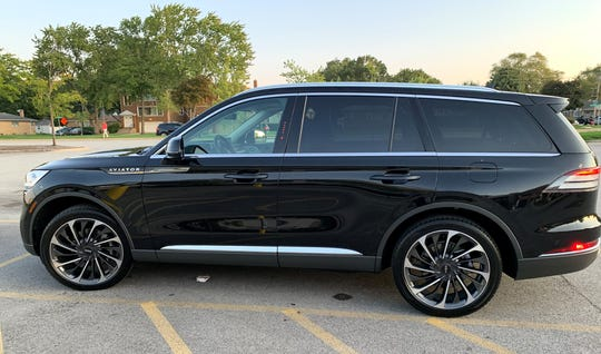 Laurel Spencer of Glencoe, Illinois said she loved her 2020 Lincoln Aviator when she purchased it for about $70,000. Problems began within 48 hours of taking ownership in mid-August.