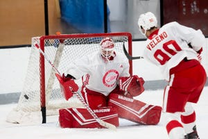 """Wings goalie Jimmy Howard said the players are motivated to """"make some noise"""" this season."""
