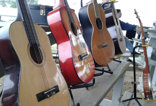 Guitars, banjos, violins, dulcimers, mandolins, autoharps and even a washtub bass could be found Sunday at the Fiddler's Picnic sponsored by Iowa Friends of Old-Time Music.