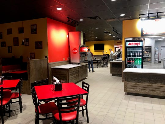 Inside the new Johnny's Pizza House located on the Southern Loop in Shreveport.