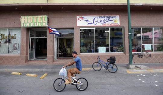 The Hotel Ursula has housed many Cuban asylum seekers, some of whom have decided to open a Cuban restaurant in the hotel's ground floor. The Caribbean Queen is run and staffed by Cubans.