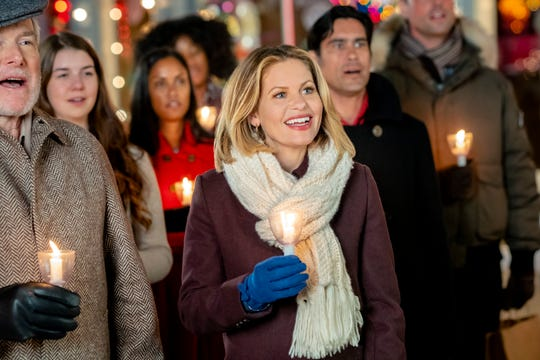Christmas In Angel Falls.Hallmark Christmas Movies 2019 Schedule Watch All 40 New Titles