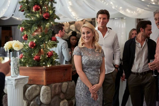 Hallmark Christmas movies 2019 schedule: Watch all 40 new ...