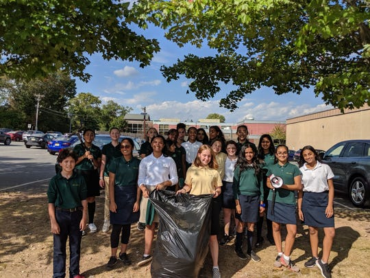 A group of Middle School students led the campus cleanup as students and faculty at The Wardlaw+Hartridge School in Edison continued the observance of the Global Climate Strike with a series of climate disruption awareness raising and service learning activities designed to help save the Earth.