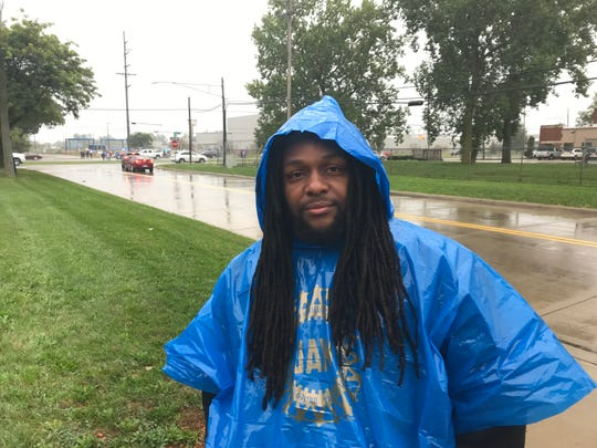 Dejaun Craddock, 35, who was walking the picket line at GM Warren Transmission on Thursday, used to make about $17 an hour as a temporary worker at the plant on Mound Road until he was laid off in June.
