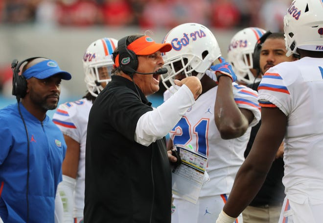 Florida defensive coordinator Todd Grantham is looking to turn his unit around this season.
