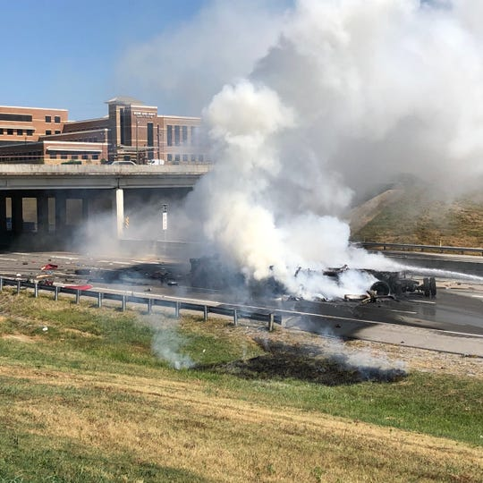 Franklin police and emergency services responded to a fiery wreck on I-65 southbound Thursday.